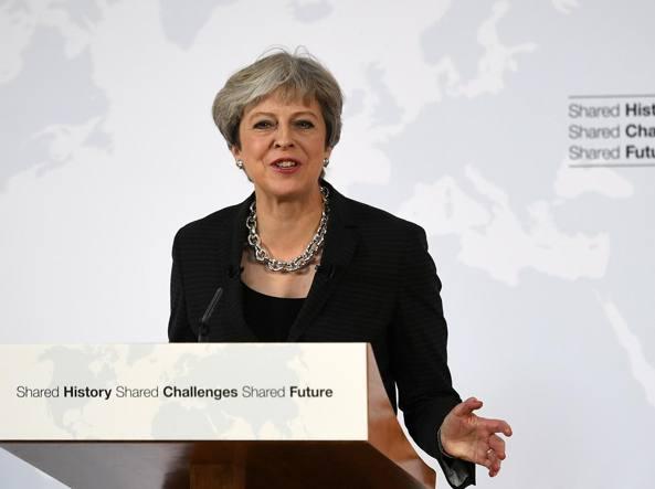 4f7b7ea534 Mercati apprezzano soft Brexit proposta da May