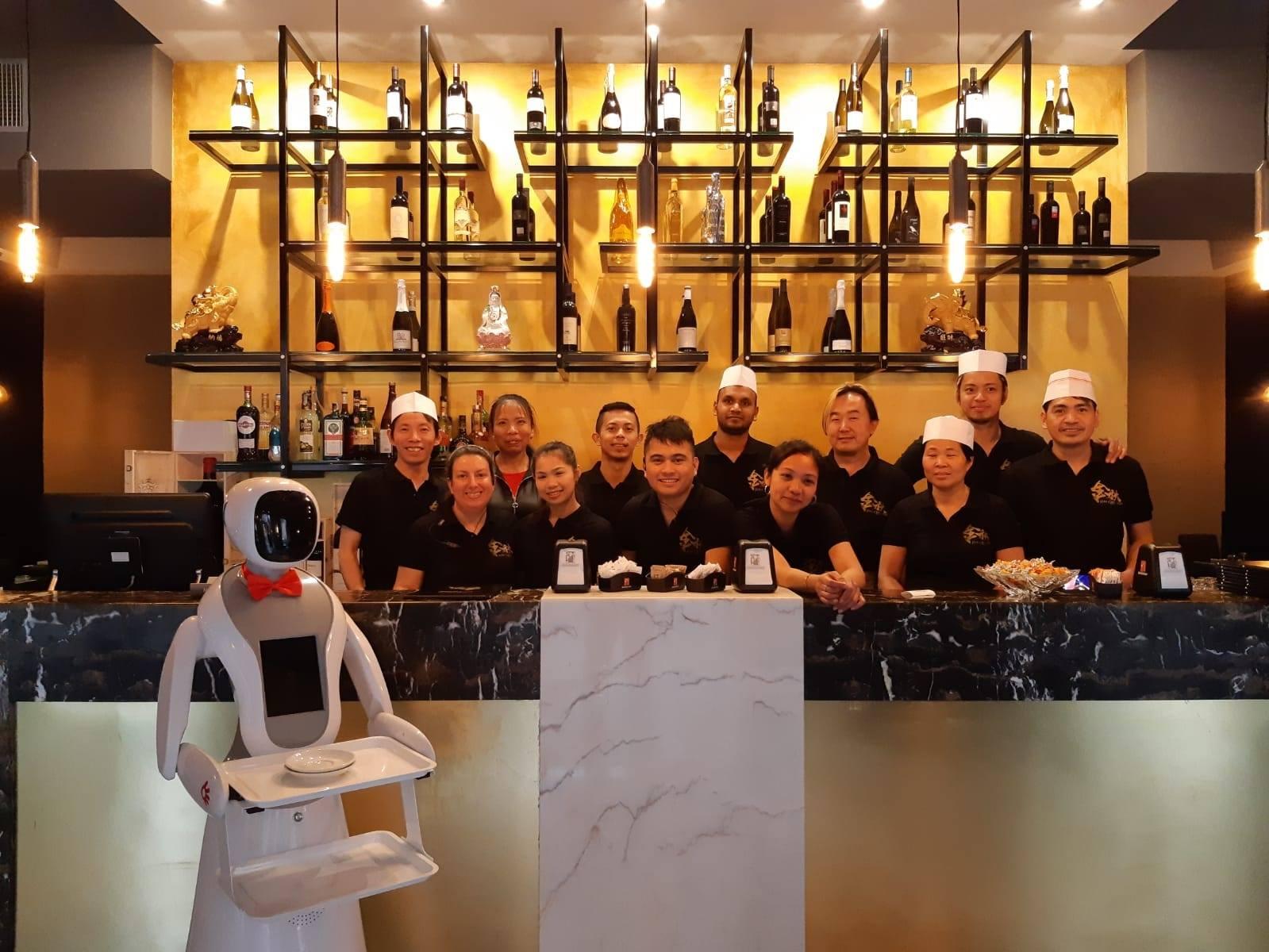 In Sardegna è arrivata la prima cameriera robot