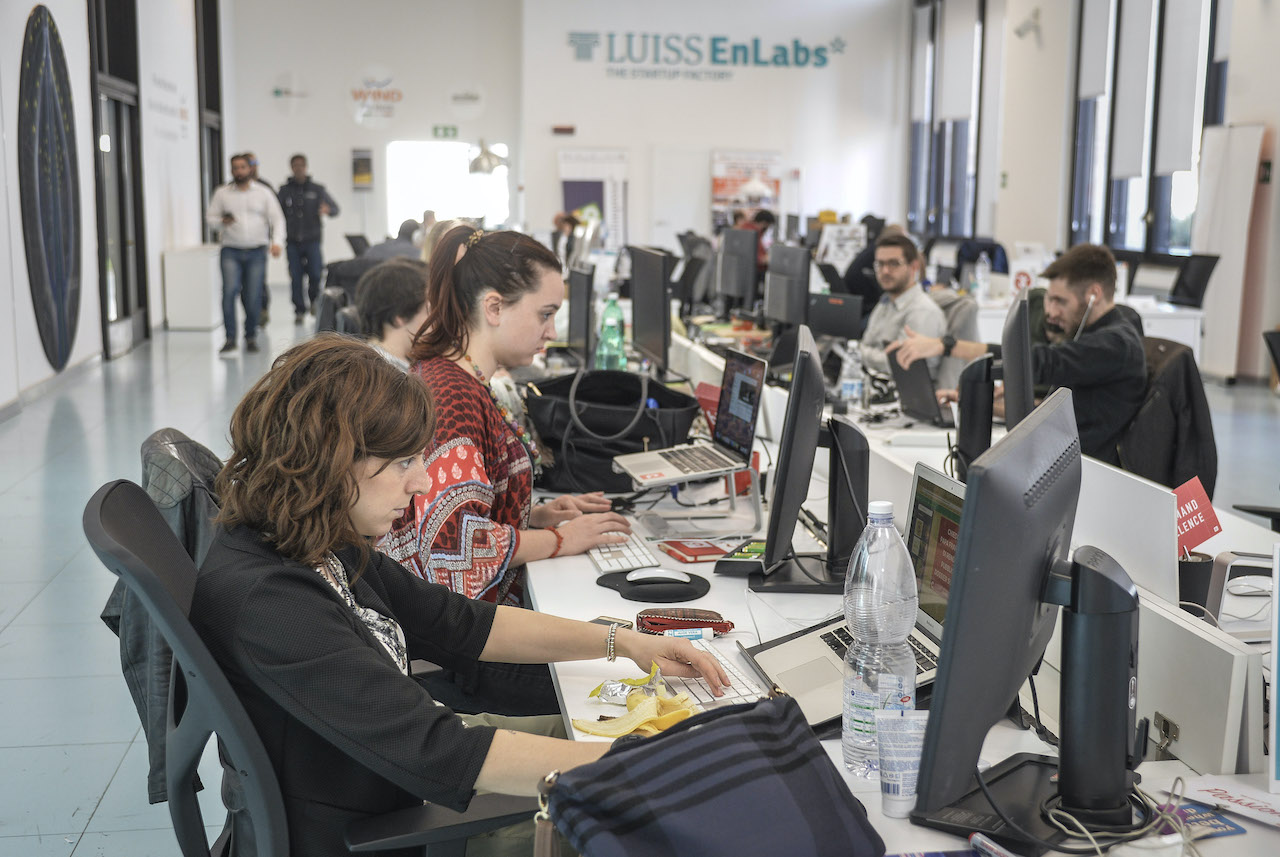 In Germania, Francia e UK le start-up sono state protette. E in Italia?