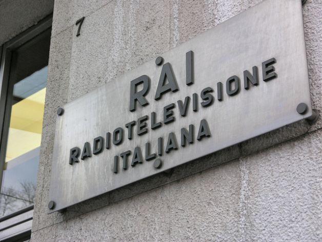 Italia, canone Rai per chi possiede una TV - MilanoFinanza.it