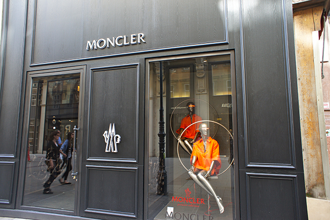 moncler sede fiscale