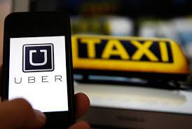 70b981394e New York City ha deciso di congelare per un anno l'emissione di nuove  licenze concesse a gruppi come Uber e Lyft. L'amministrazione cittadina  prende tempo ...