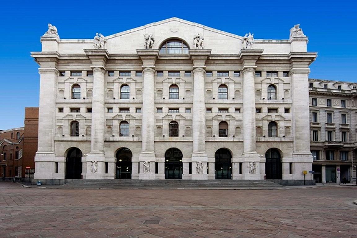0e6367cfbb Luxottica lascia Piazza Affari - MilanoFinanza.it